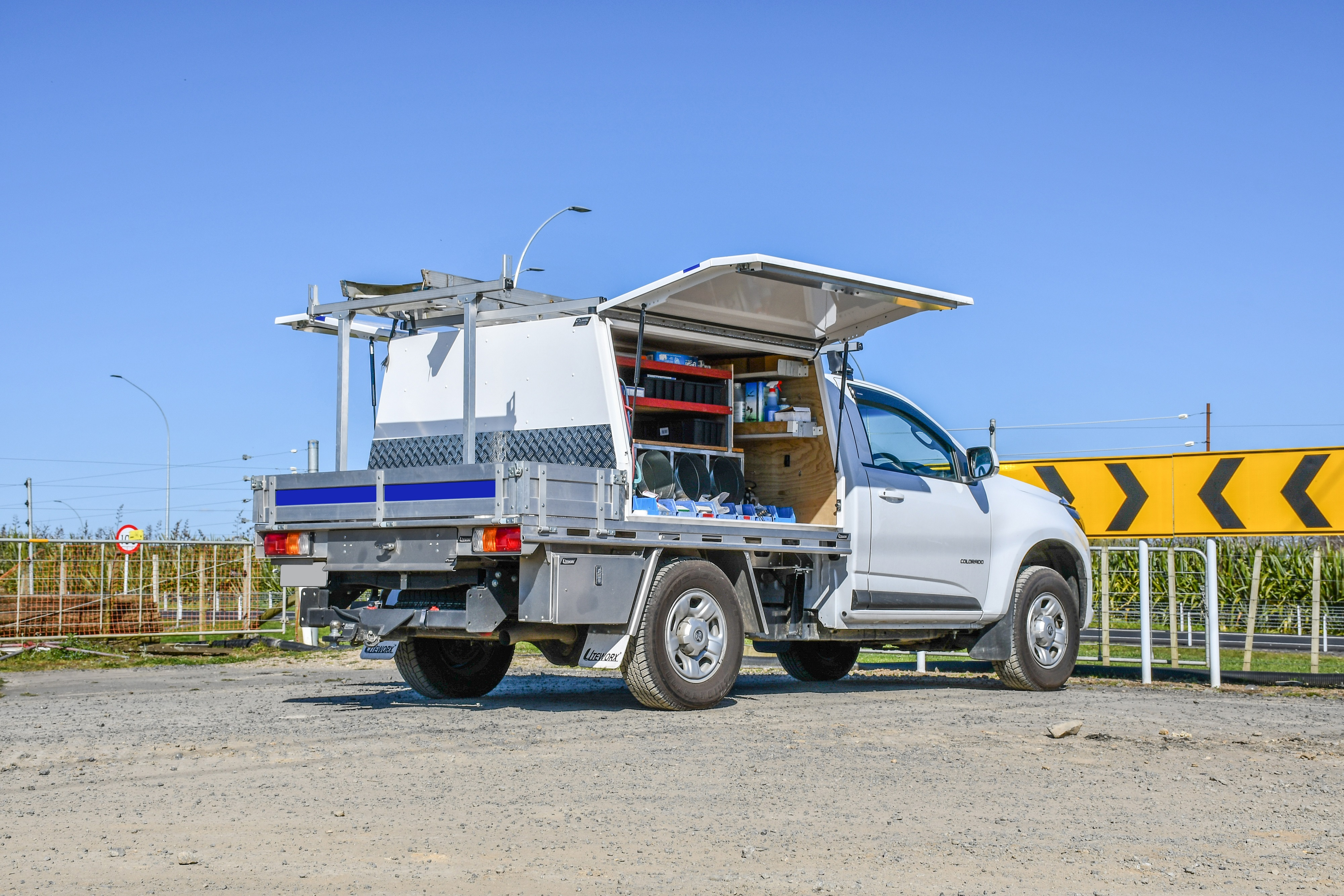 Holden Colorado Flat Deck + Service Body