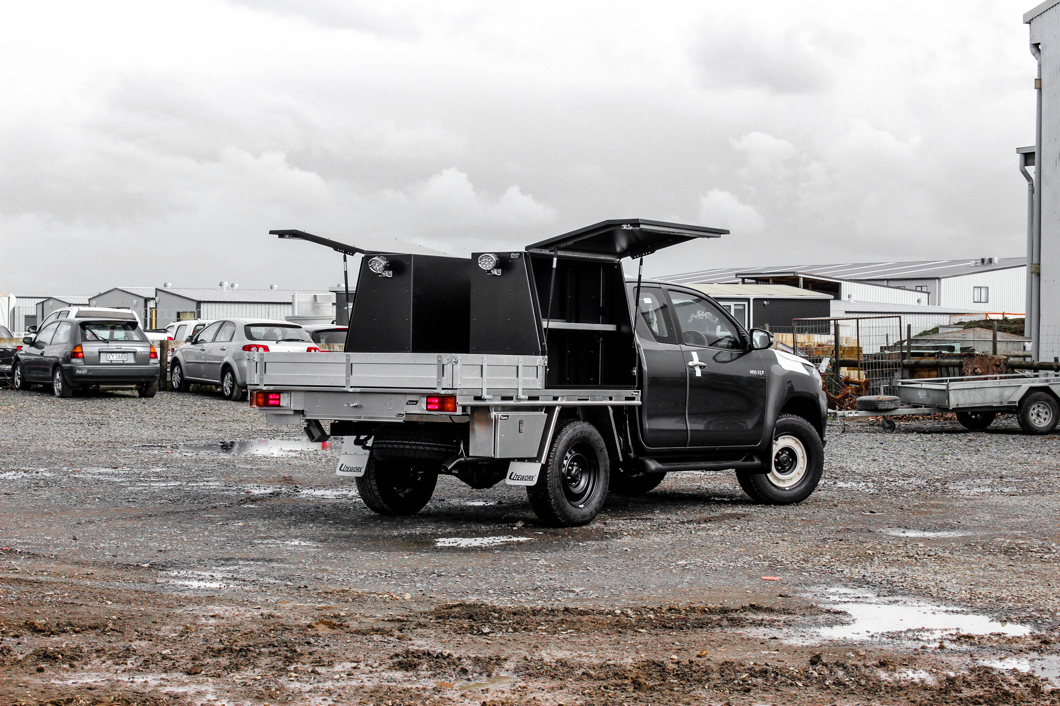 Toyota Hilux Fitout - Flat Deck + Gullwing Toolboxes