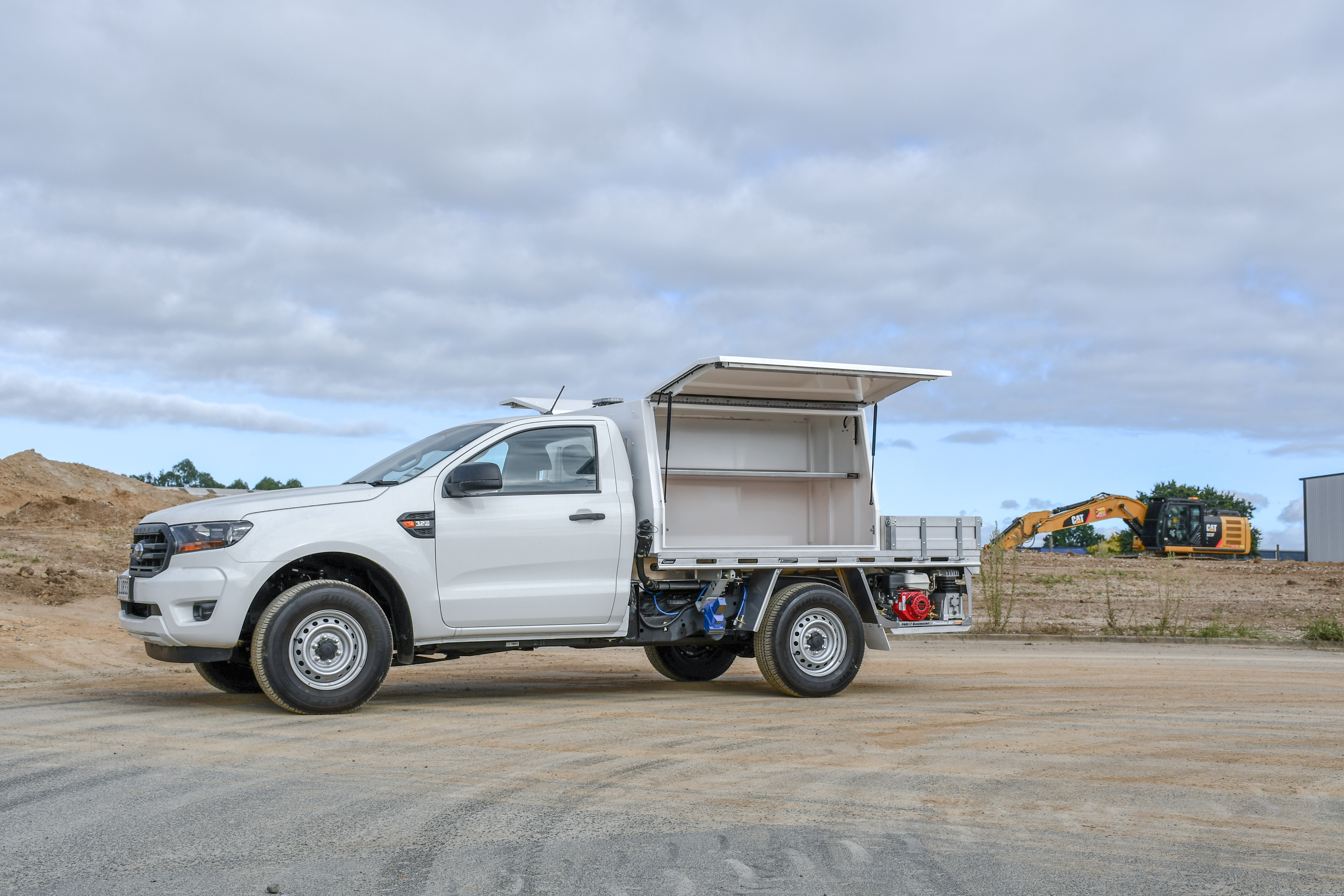 Ford Ranger Fitout - Flat Deck + Service Body